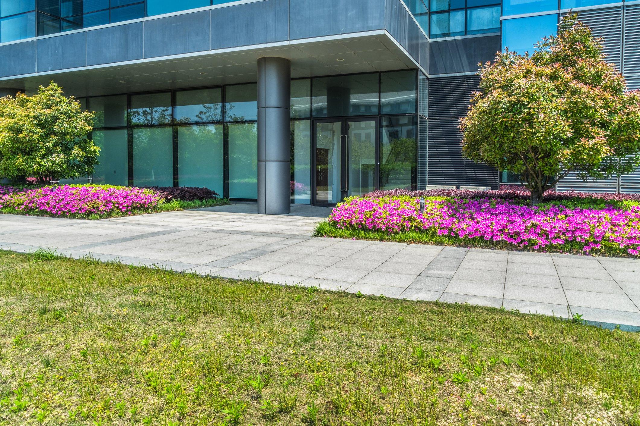 landscape beds at commercial property