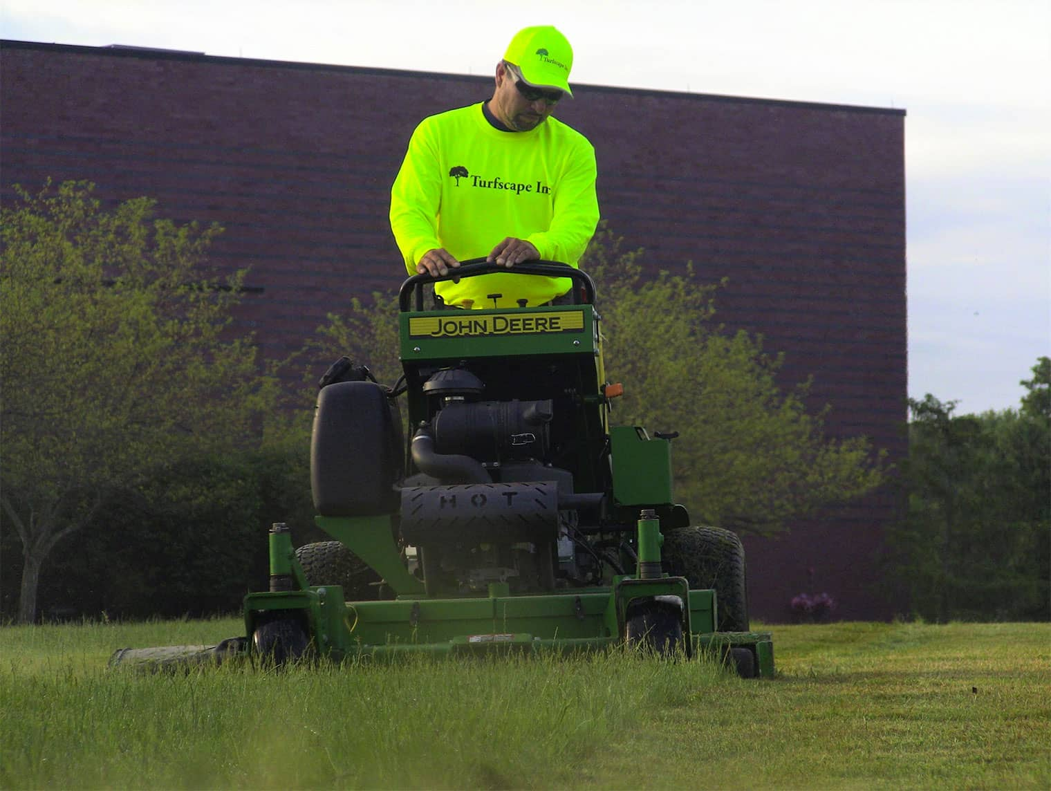 homeBanner-Mower.jpg